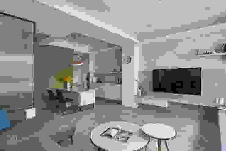 天花與立面 禾廊室內設計 Living room