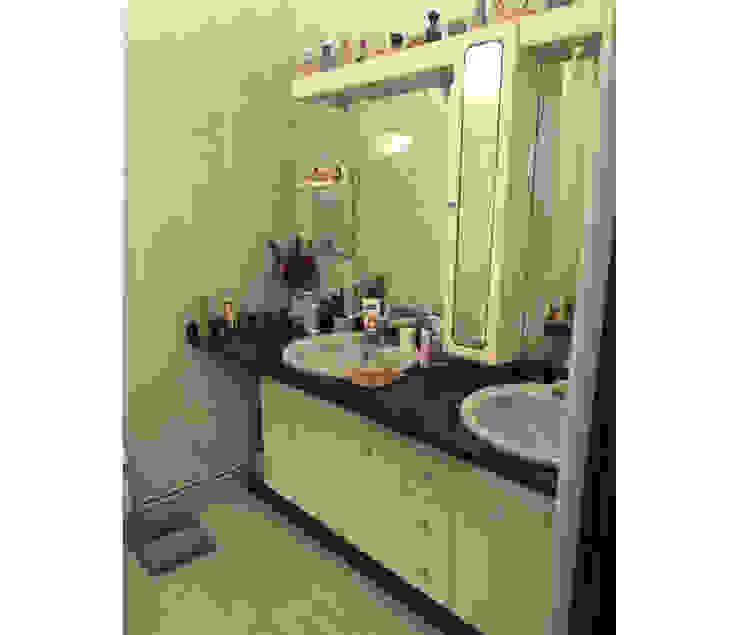 BCimobiliária Country style bathroom