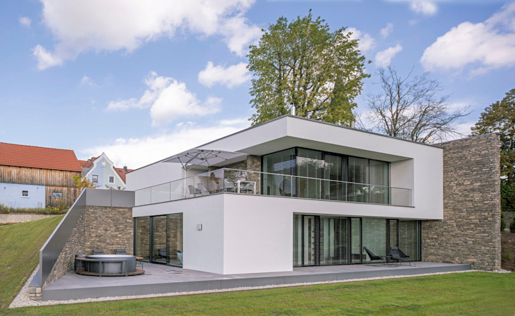 Fichtner Gruber Architekten Single family home Bricks White