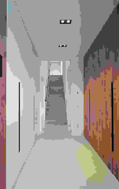 Ankleide Fichtner Gruber Architekten Moderne Ankleidezimmer
