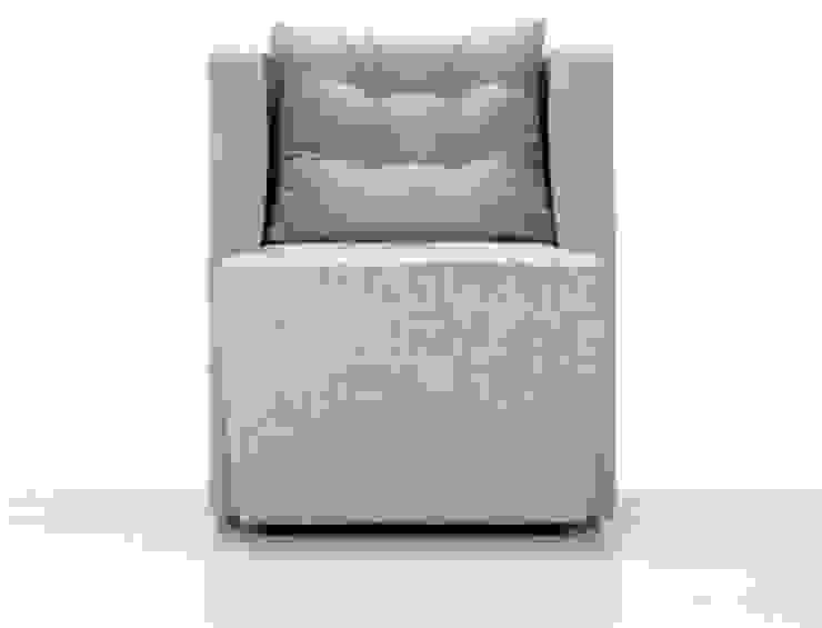 Modern comfortable Italian armchair Artibella by Domingo My Italian Living Living roomSofas & armchairs