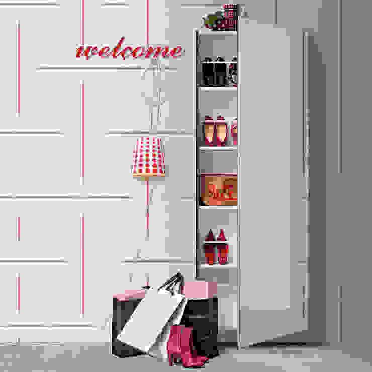 Welcome mirrored glass door shoe storage by Birex My Italian Living Corridor, hallway & stairsStorage
