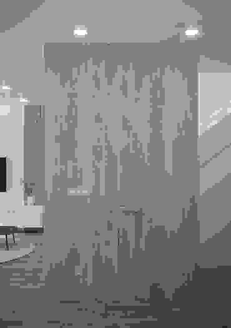 Nevi Studio Pasillos, vestíbulos y escaleras clásicas Madera Beige