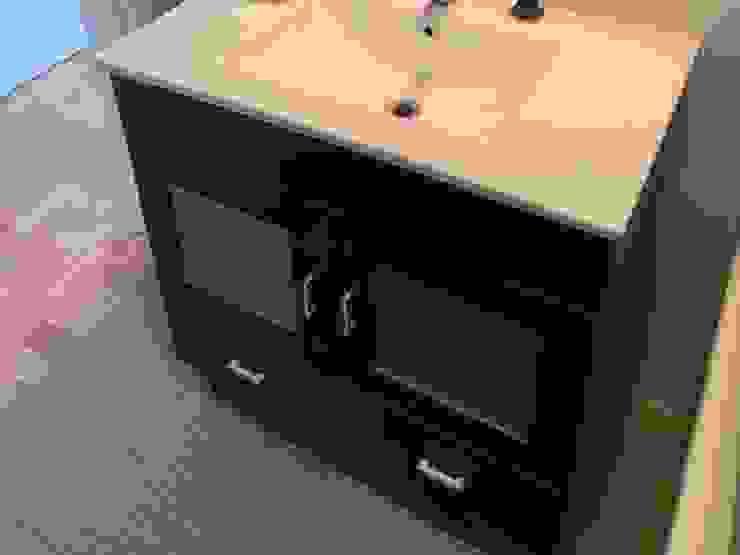BCimobiliária Modern bathroom