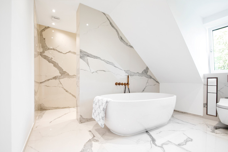 plusEnergieArchitektur Salle de bain moderne