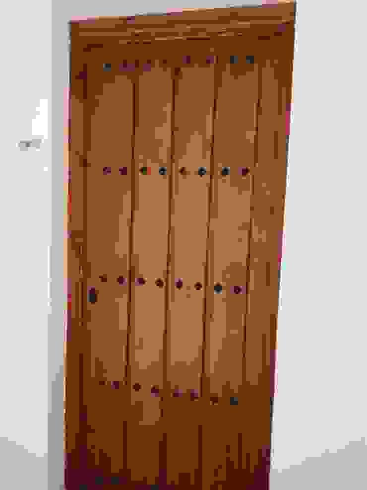 Carpintería área 59 Mediterranean style offices & stores Solid Wood Wood effect