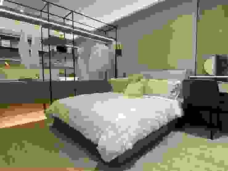 MSBT 幔室布緹 Cuartos de estilo moderno Derivados de madera Beige