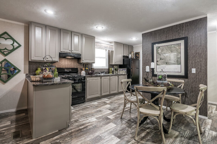 Room 2 Riverview Manufactured Home Community