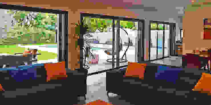 Vivienda unifamiliar energéticamente autosuficiente jjdelgado arquitectura Salas de estilo minimalista