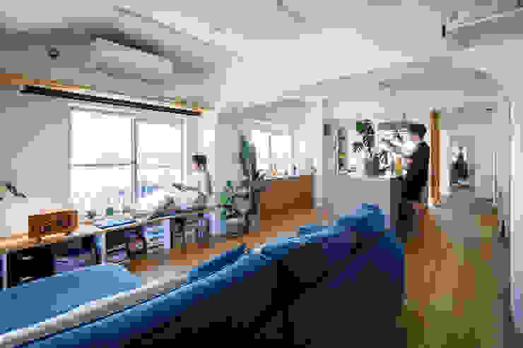 株式会社ブルースタジオ Modern living room