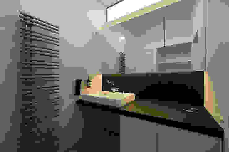 一級建築士事務所 Atelier Casa Modern style bathrooms