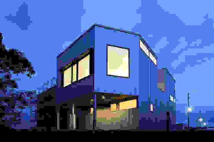 一級建築士事務所 Atelier Casa Wooden houses Iron/Steel Metallic/Silver