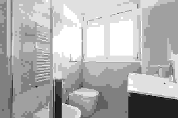 Facile Ristrutturare Modern Bathroom