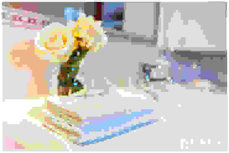 VISUAL BUHO Homestaging & Redesign Baños de estilo clásico