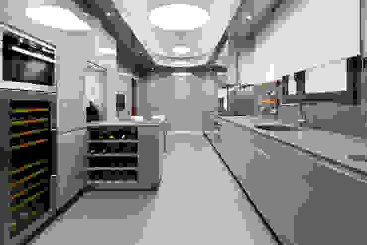 MANUEL TORRES DESIGN 置入式廚房
