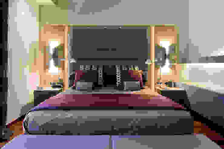 MANUEL TORRES DESIGN Modern style bedroom