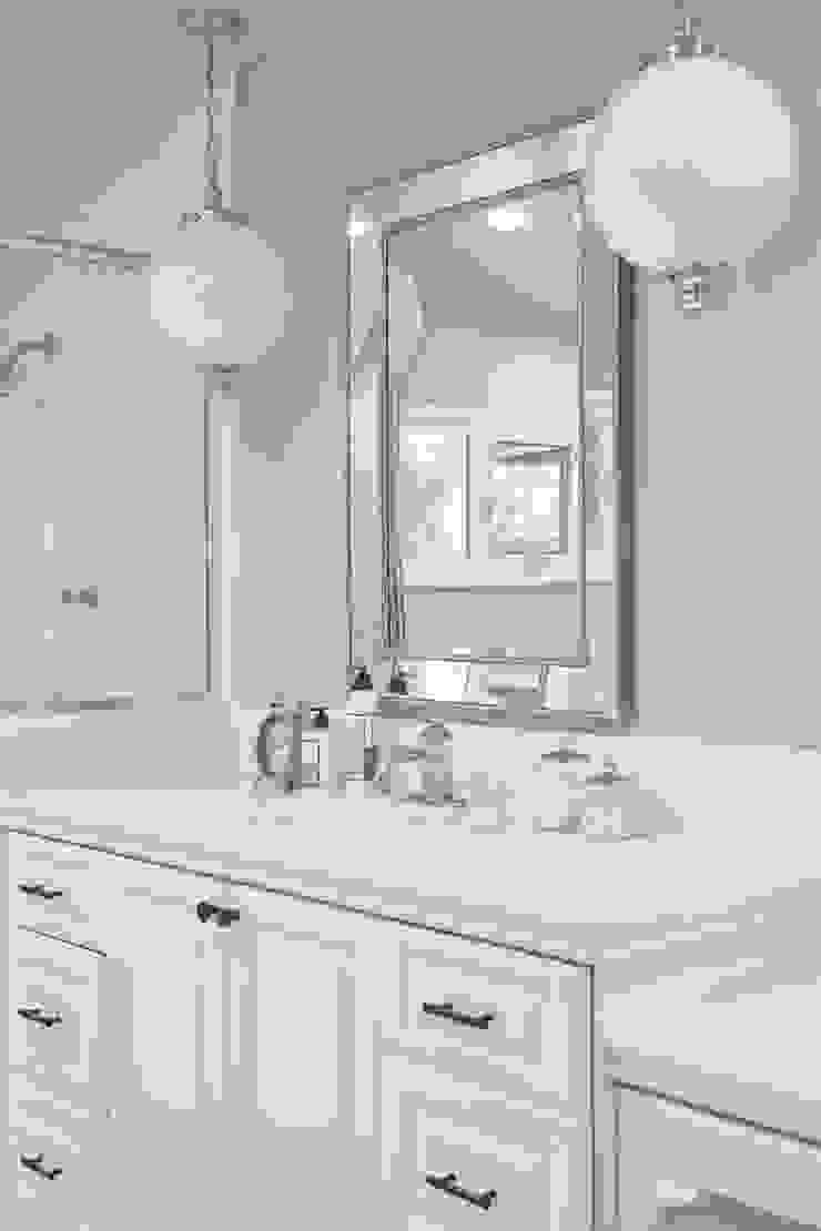 La Canada Family Home Amy Peltier Interior Design & Home Modern Bathroom