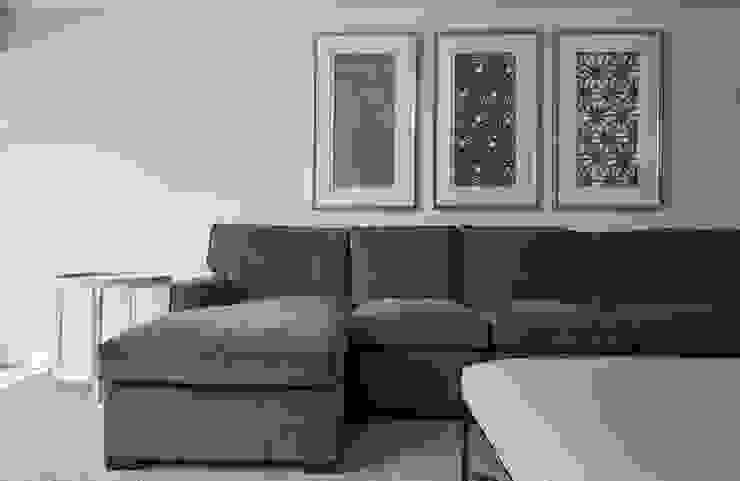 La Canada Family Home Amy Peltier Interior Design & Home Modern Living Room