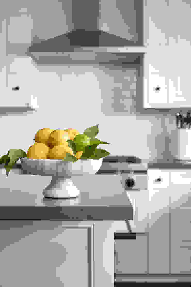 La Canada Family Home Amy Peltier Interior Design & Home Modern Kitchen