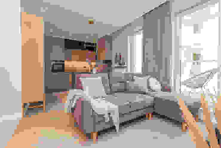 Pracownia Architektury Wnętrz Decoroom Livings de estilo ecléctico