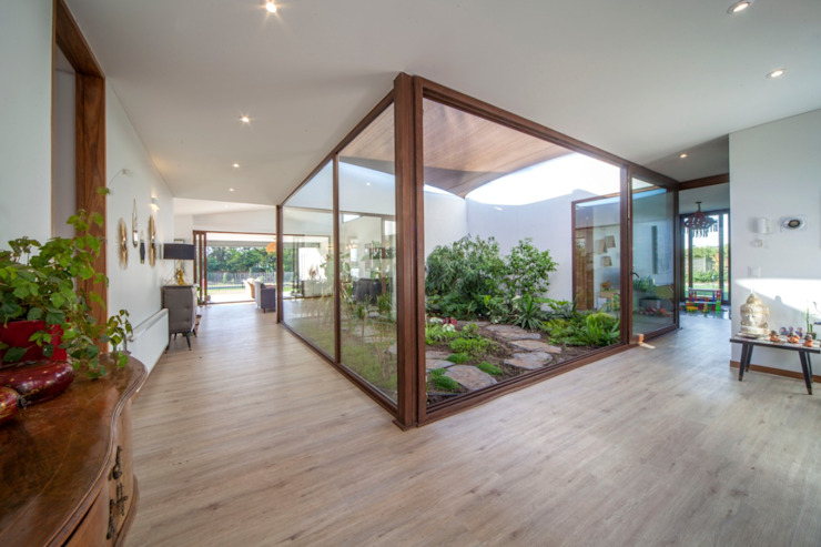 m2 estudio arquitectos - Santiago Modern living room