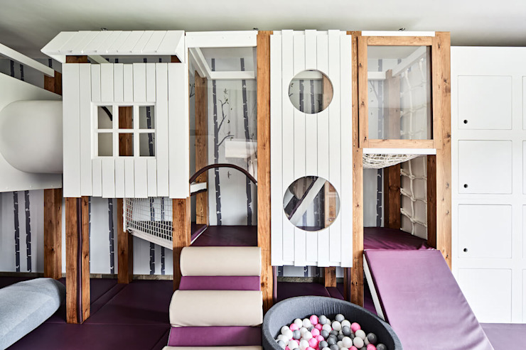 Bespoke play frame with soft play, slide, ball pool and toy storage. Tigerplay Modern Kid's Room Solid Wood White