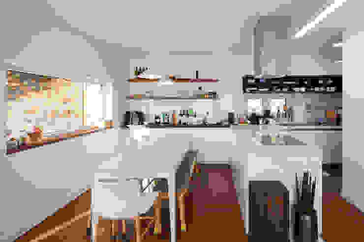 위드하임 Modern dining room