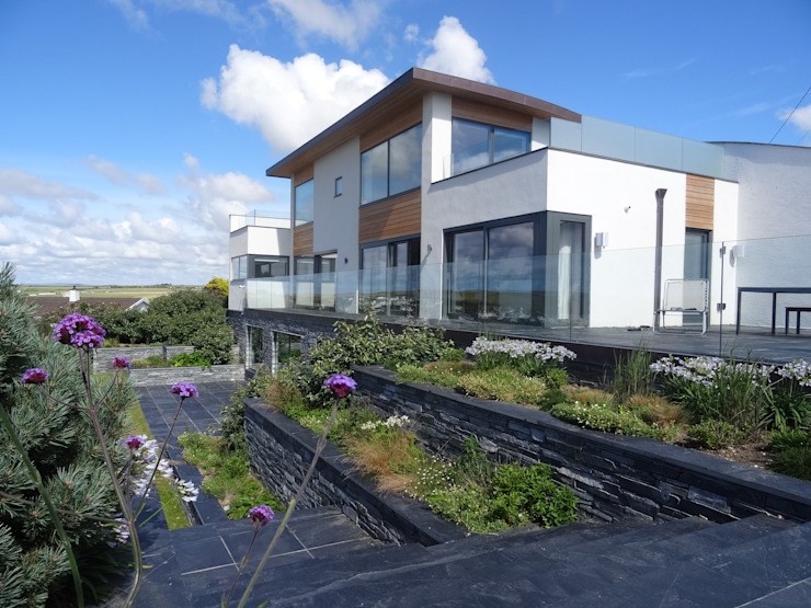 Eco-Friendly build property in Cornwall Arco2 Architecture Ltd Detached home