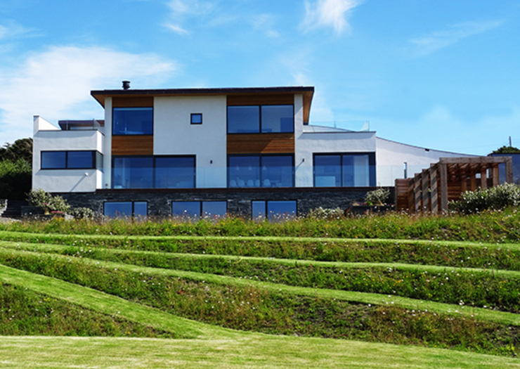 Sustainably new build property by Arco2 Architects Cornwall Arco2 Architecture Ltd Detached home