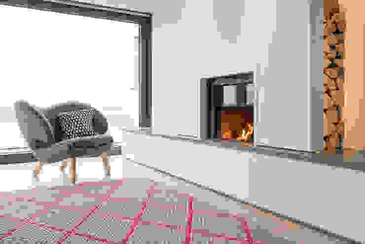 Minimal White Fireplace Arco2 Architecture Ltd Modern living room