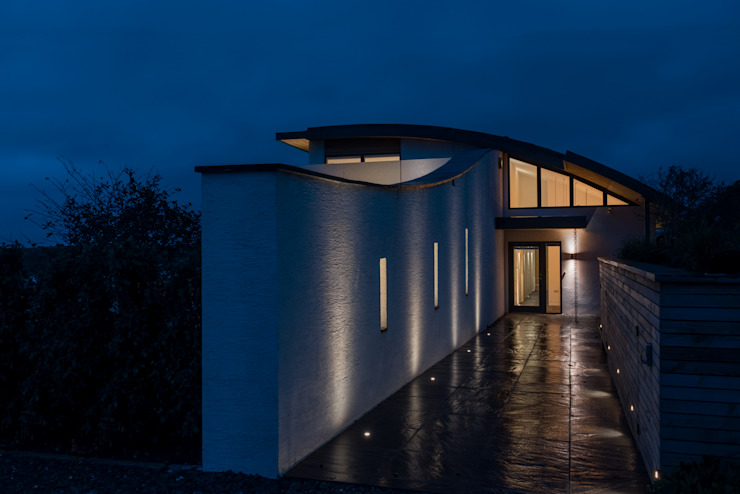 Entrance Path Lighting Arco2 Architecture Ltd Modern corridor, hallway & stairs