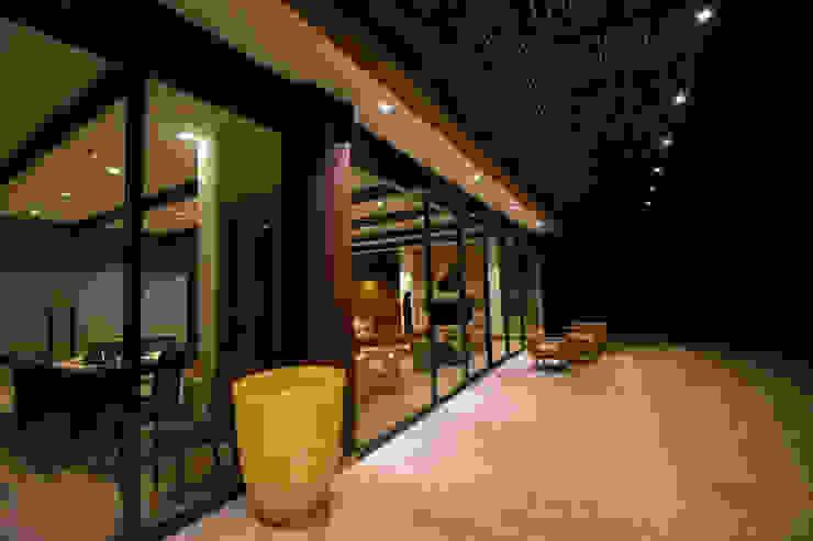 Casa en La Calera Cundinamarca. Conjunto Bosques de Granada y Cayunda Arquitectos y Entorno S.A.S Casas modernas