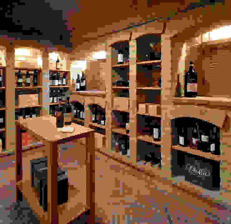 Haus am See GABRIELA RAIBLE INNENARCHITEKTUR Klassische Weinkeller