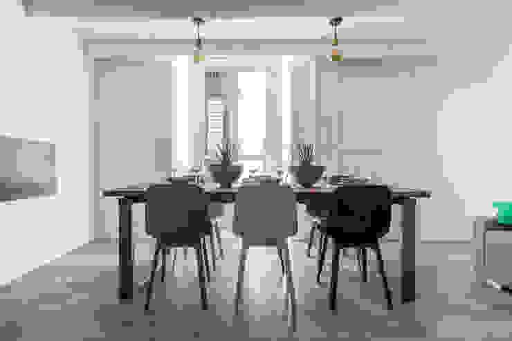 Facile Ristrutturare Comedores de estilo minimalista