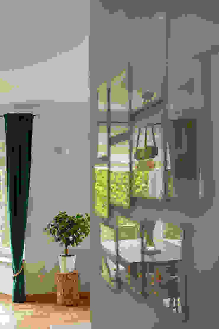 IDEALS . Marta Jaślan Interiors Country style corridor, hallway& stairs