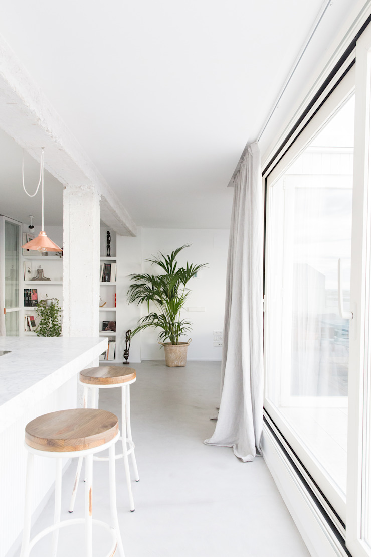 Plantea Estudio Scandinavian style kitchen