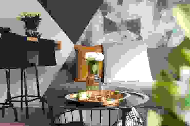 Studio4Design Modern living room Wood Turquoise