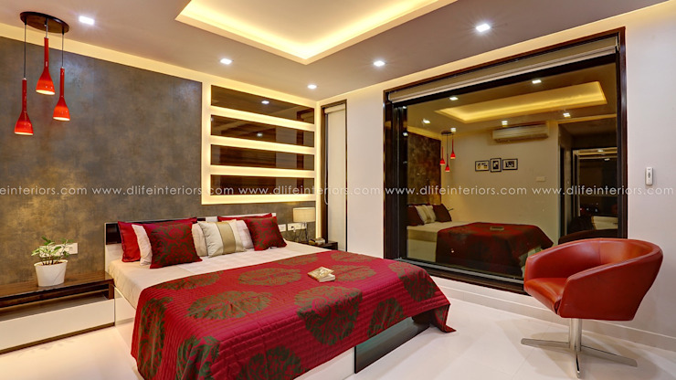 Customized Bedroom Room Interiors in Premium Finish DLIFE Home Interiors Modern style bedroom Red