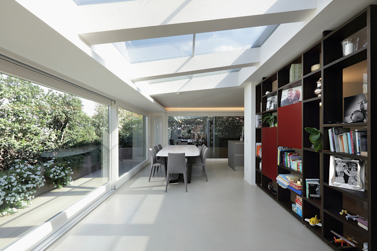 Casa Ripamonti Sala da pranzo moderna di Dome Milano Studio Moderno