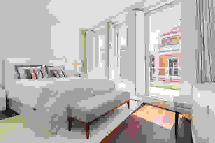 Moradia triplex na Lapa com terraço e vista para o rio MSA - Real Estate, Lda Quartos modernos