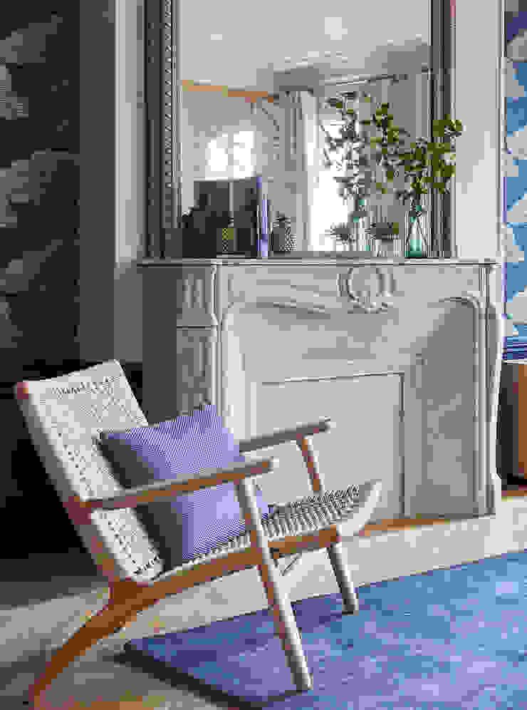 Lichelle Silvestry Interiors - Magenta Lichelle Silvestry Interiors Salon moderne