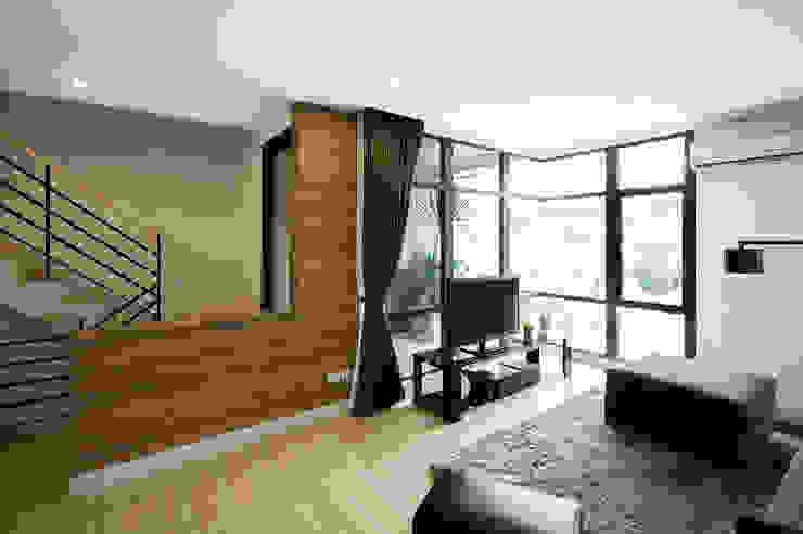 The Plex Modernize Design + Turnkey ห้องนั่งเล่น Brown
