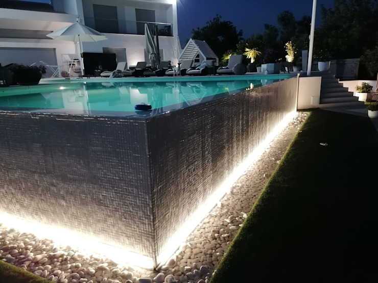 Casa das Piscinas, Lda Kolam renang infinity Beton Bertulang White