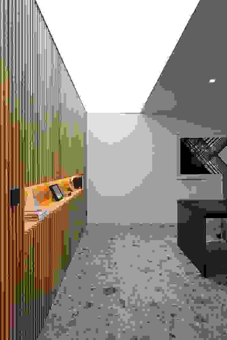 Despacho de gerencia Oficinas y tiendas de estilo moderno de MANUEL GARCÍA ASOCIADOS Moderno
