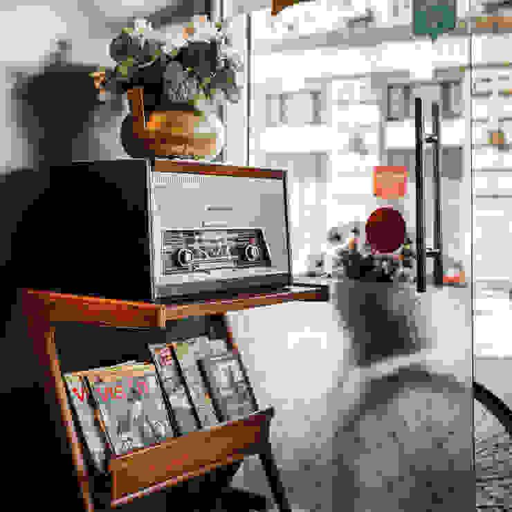 Rádio vintage - Confeitaria Serrana O Space Espaços de restauração clássicos