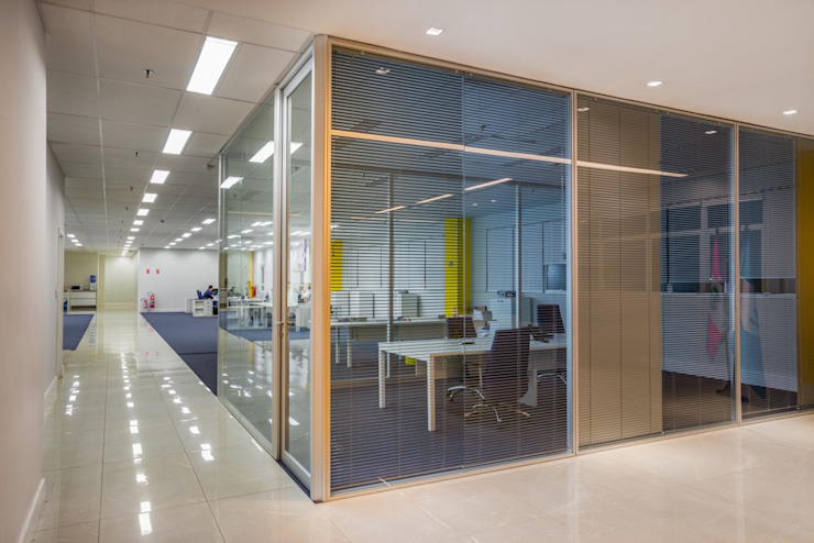 Spazhio Croce Interiores Colonial style study/office Glass Transparent