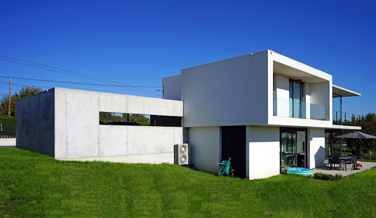 AD+ arquitectura Single family home Concrete White