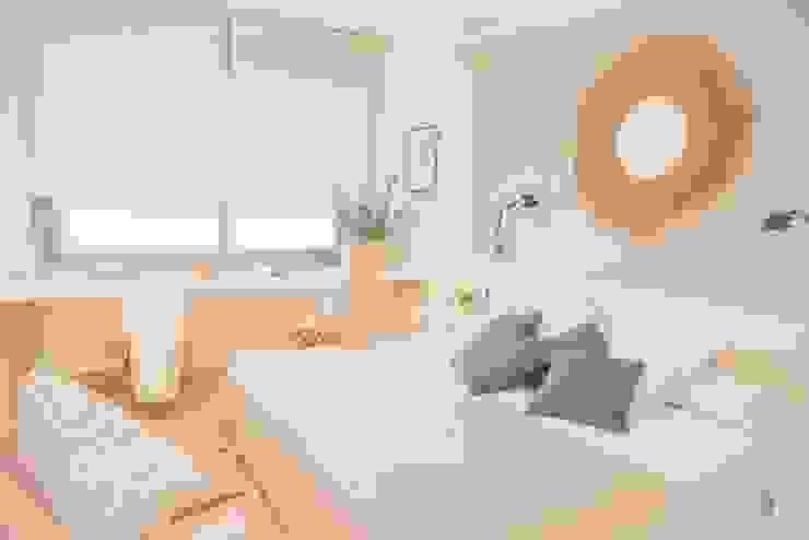 Habitación principal Dormitorios de estilo mediterráneo de Interiorismo Laura Mas Mediterráneo