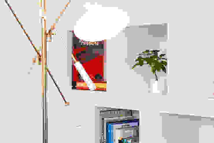 Hoost - Home Staging リビングルーム照明