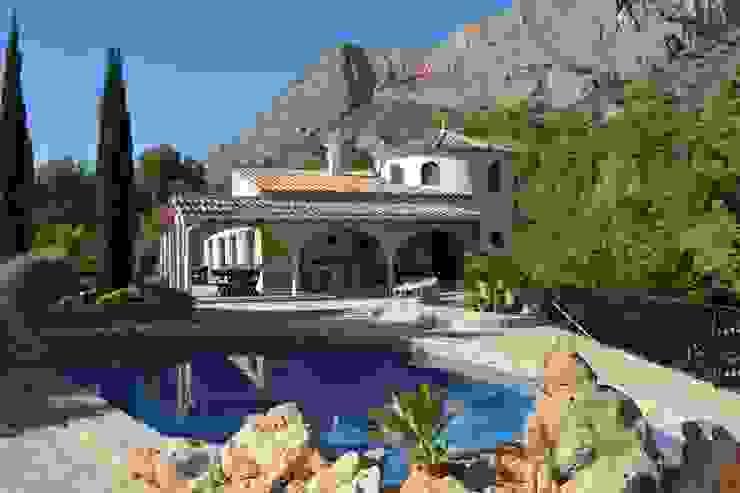 Hemme & Cortell Construcciones S.L. Mediterranean style hotels